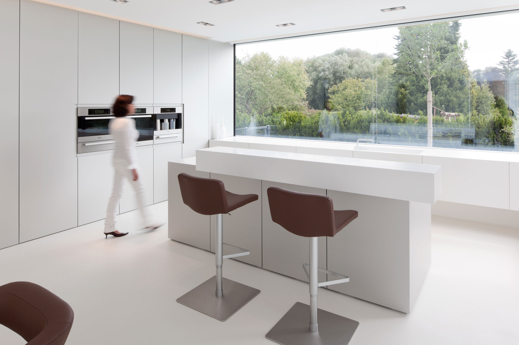 Decamacs solid surface werkbladen for Bar escamotable cuisine